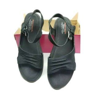 Skechers Womens Size 10 Relaxed Fit